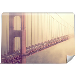 Most Golden Gate spowity mgłą