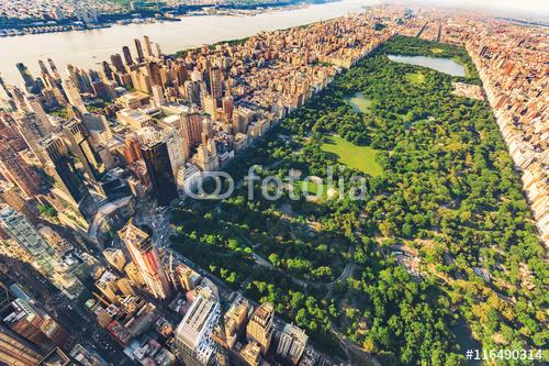 Widok z lotu ptaka Manhattan przyglądająca północ w górę central park