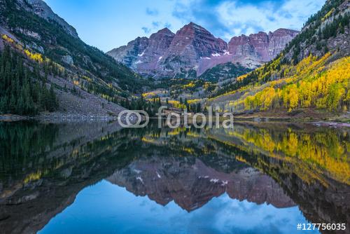 Maroon Bells Mountain w Kolorado