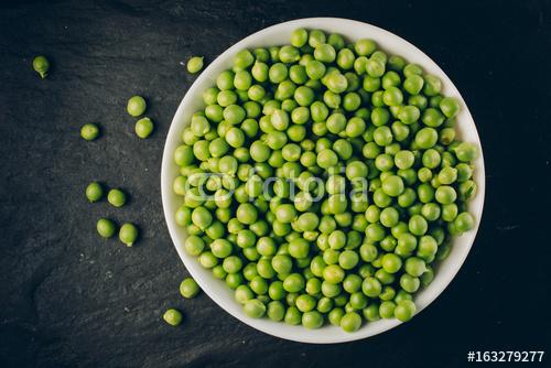 Zielona pease w misce