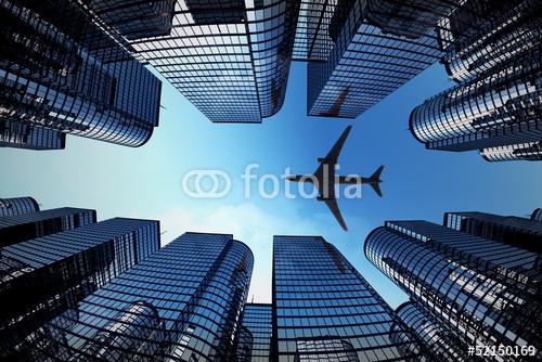 Biznes wieże z sylwetka samolotu