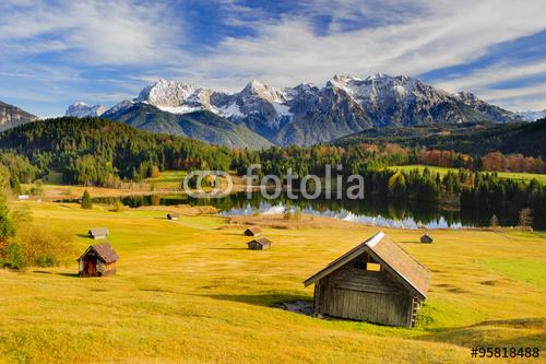 Alm w Bawarii z Karwendel
